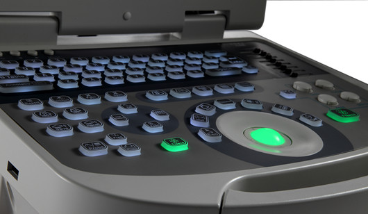 医生打键盘图片素材